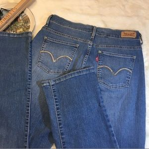 Perfectly Slimming 512 Straight Levi Jeans size 6